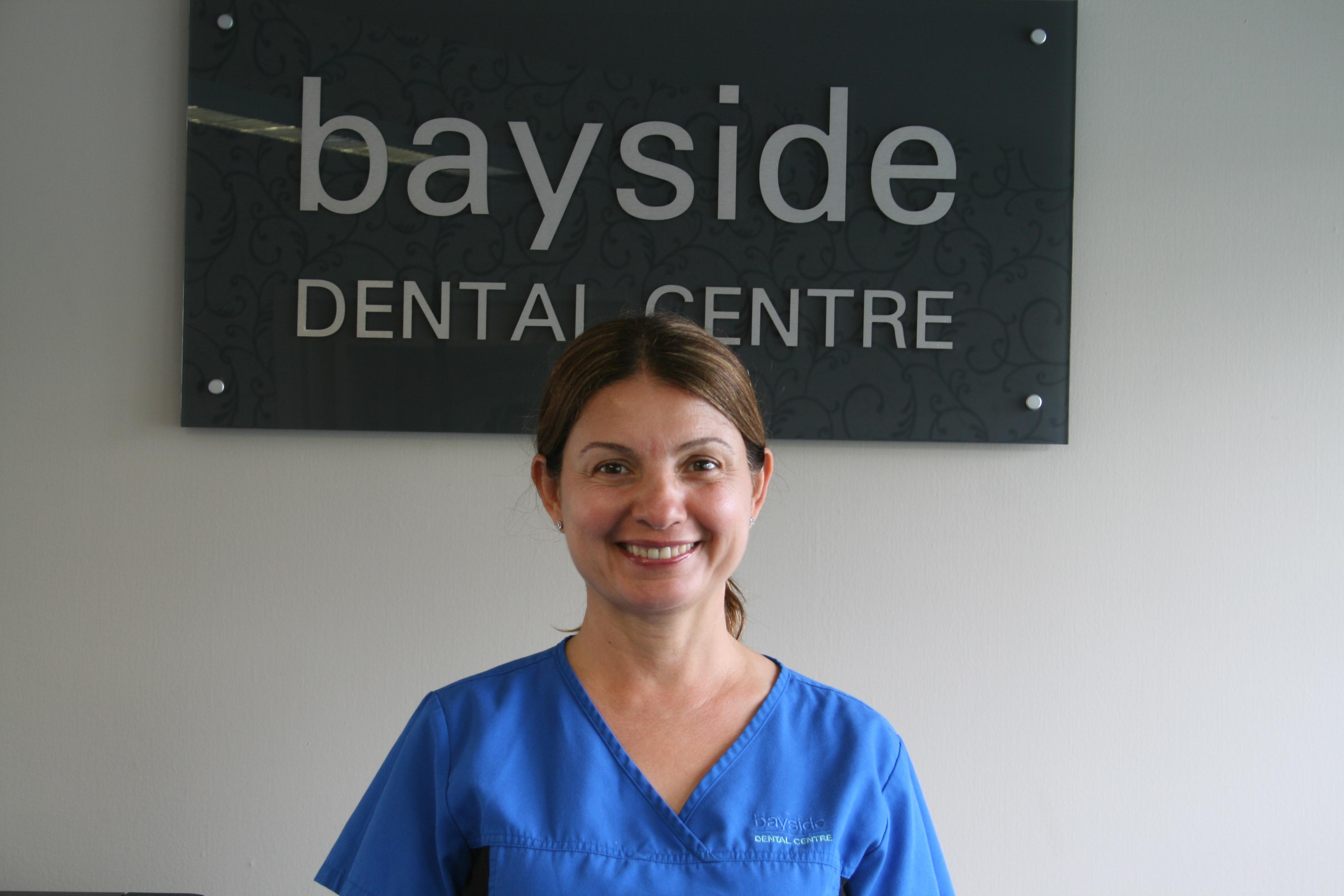 Dr Zena Bayan